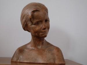 Mädchenbüste Terracotta